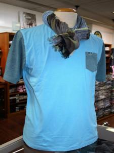 T shirt turquoise